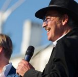 Дмитрий Харатьян, Михаил Боярский и другие отечественные звезды торжественно закрыли фестиваль «Солнечный остров» в Евпатории